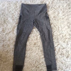 ivivva grey leggings with side pockets